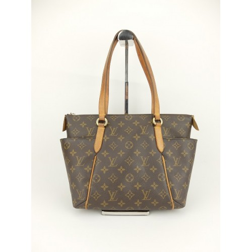 84c19b19dd4 SOLD(已售出)Louis Vuitton.